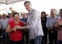 Moradores de Terenos recebem 98 casas com apoio de Dagoberto