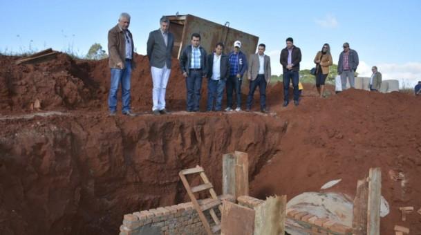 Em Caarapó, Dagoberto visita obras realizadas com emendas parlamentares